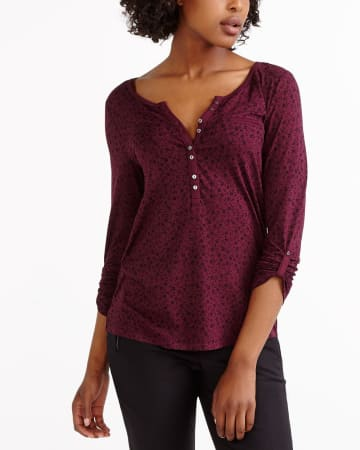 Adjustable ¾ Sleeve Printed Henley Top