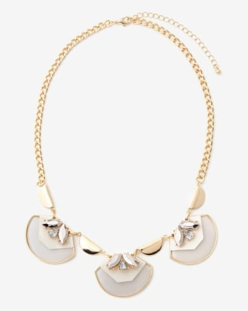 3-Shell Necklace