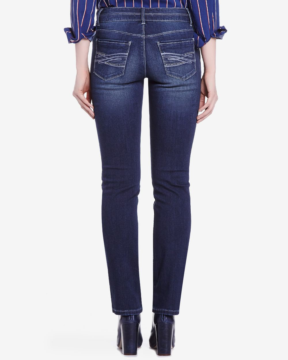 Straight A classic cut for a slim, streamlined look. Bootcut Universally flattering, balances proportions, and elongates shape. Flare Vintage-inspired silhouette with a modern, statement-making spirit. Boyfriend Slightly slouchy with fashion-forward ease.