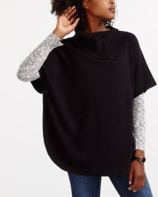 Short Sleeve Rounded Hem Sweater