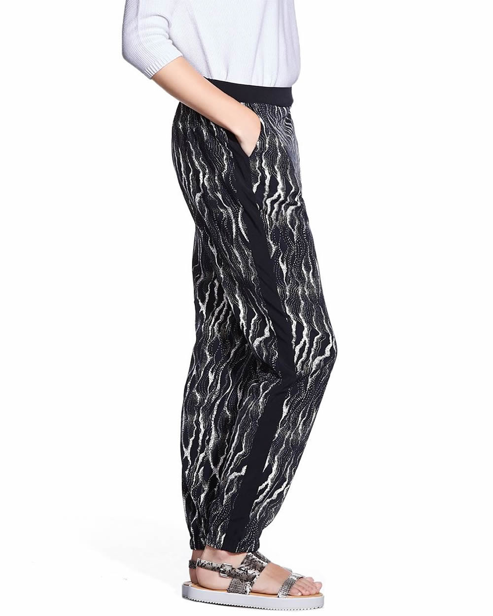 Shop online for Petite Savvy Printed Straight Leg Pant - In Every Story. Find Pants, Clothing and more at Penningtons.