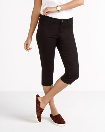 The Petite Signature Soft Capri Jeans
