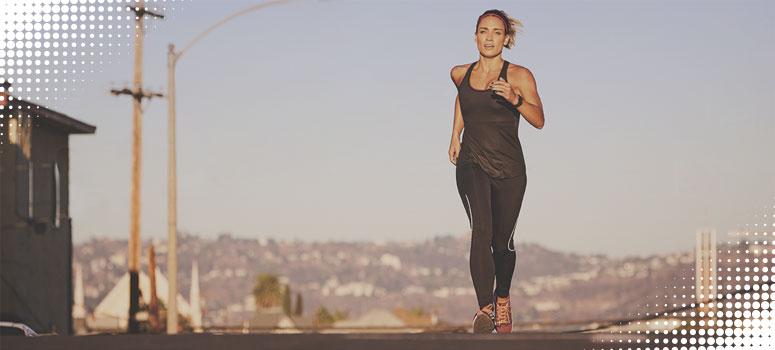 woman doing jog