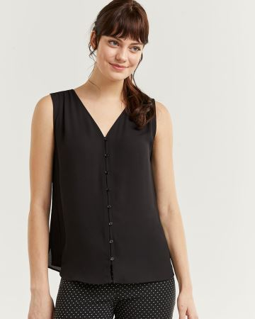 Sleeveless Buttoned-Down Blouse