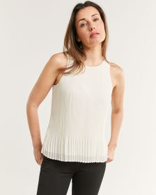 Sleeveless Trapeze Top With Pleated Hem
