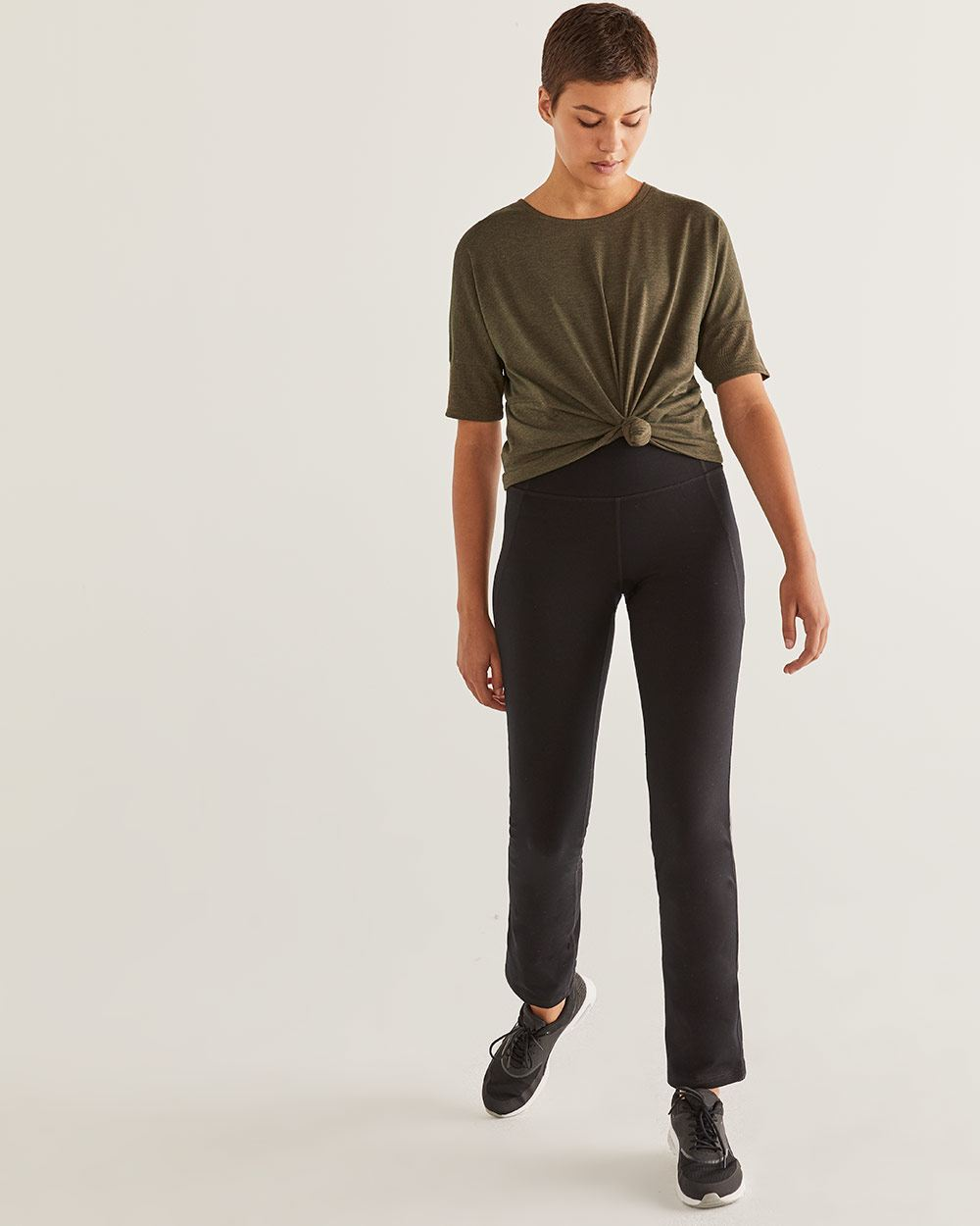 Black Straight Sculptor Pants Hyba - Petite