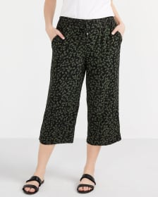 Cropped Pants with Wide Leg