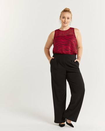Pleated Wide Leg Black Pull On Pants - Petite