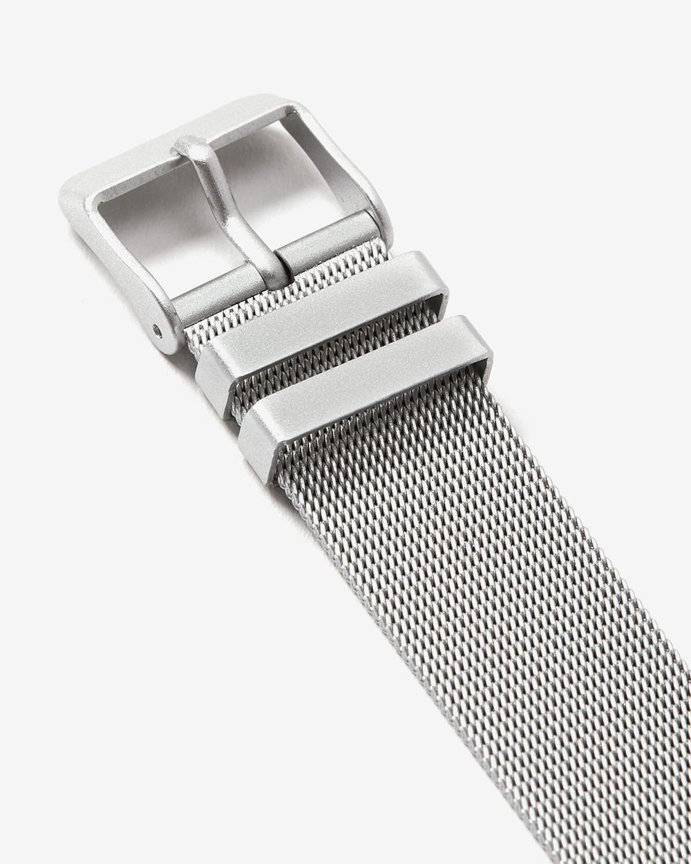 Mesh Band Wristwatch with Rhinestones