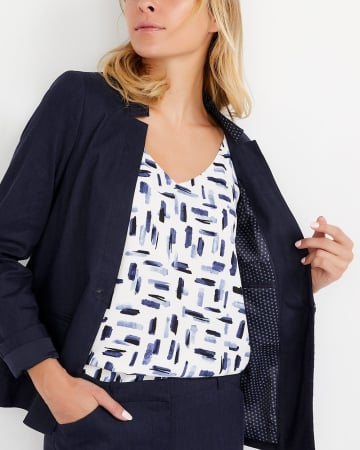 Willow & Thread Linen Blend Blazer