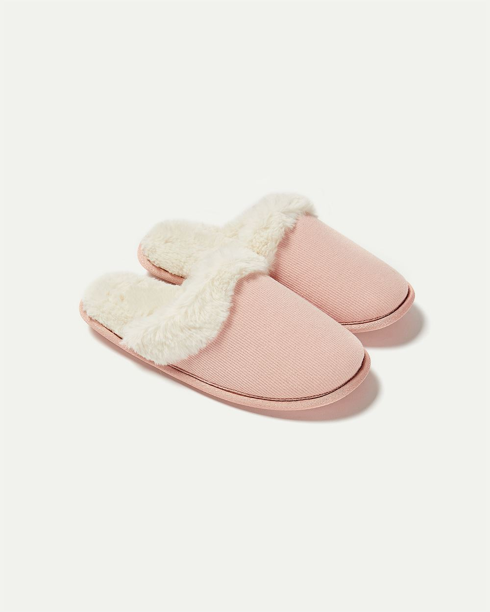 Slip-On Slippers with Faux Fur