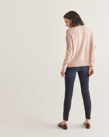 Loose Fit Cable Knit Sweater