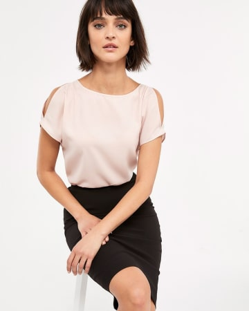 Willow & Thread Cold-Shoulder Blouse