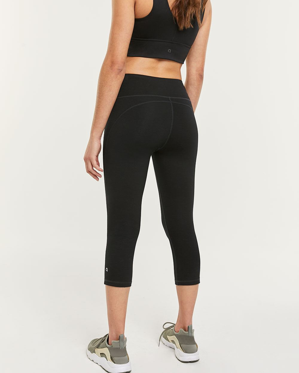 Black Capri Leggings Sculptor Hyba