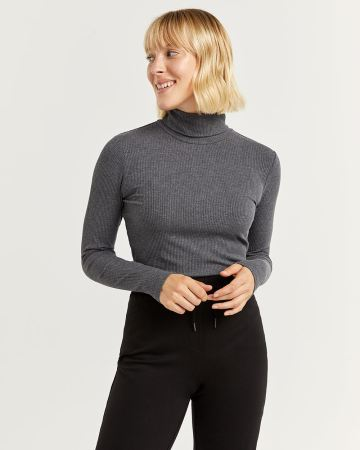 Ribbed Long Sleeve Turtleneck Tee