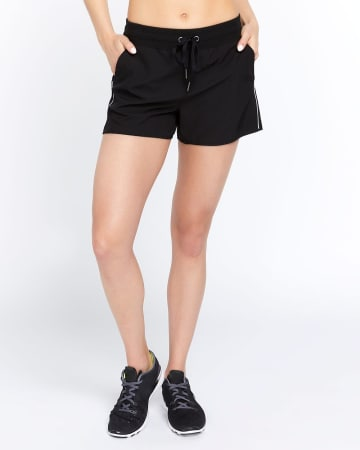 Hyba Woven Shorts with Piping