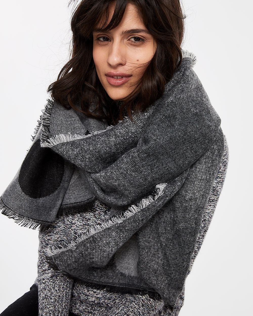 Double-faced Blanket Scarf