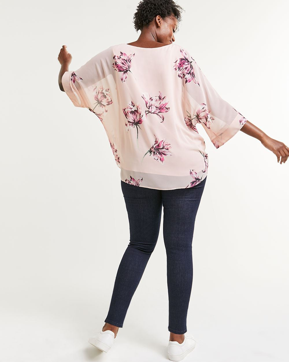 3/4 Sleeve V-Neck Printed Blouse