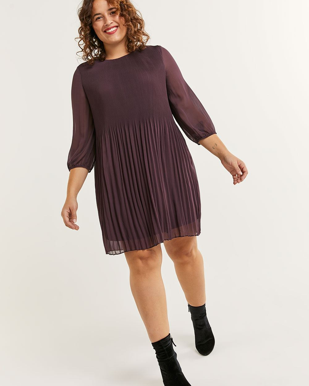 3/4 Sleeve Pleated Shift Dress