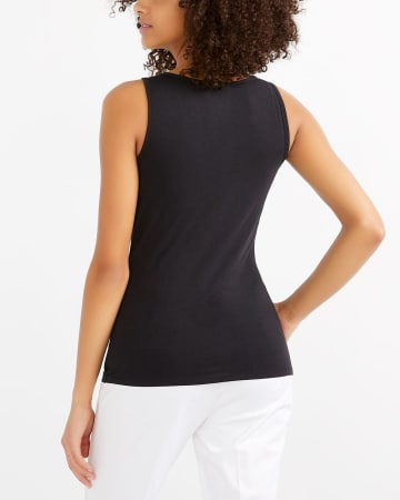 R Essentials Must-Have V-Neck Tank