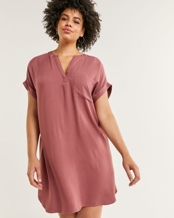 Short Sleeve Split Neck Shift Dress