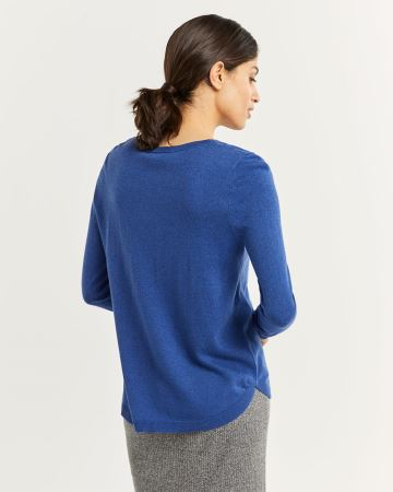 R Essentials V-Neck Sweater