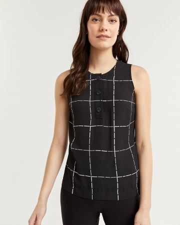 Sleeveless Windowpane Blouse with Large Buttons