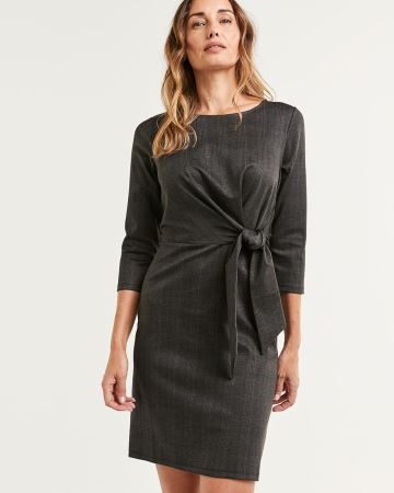 3/4 Sleeve Crew Neck Shift Dress With Front Knot