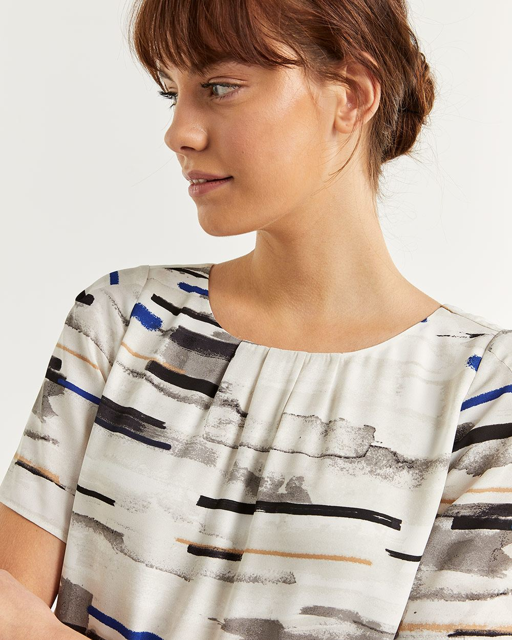 Pleated Crew Neck Printed Blouse