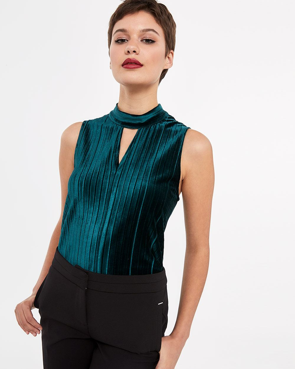 Sleeveless Velvet Top