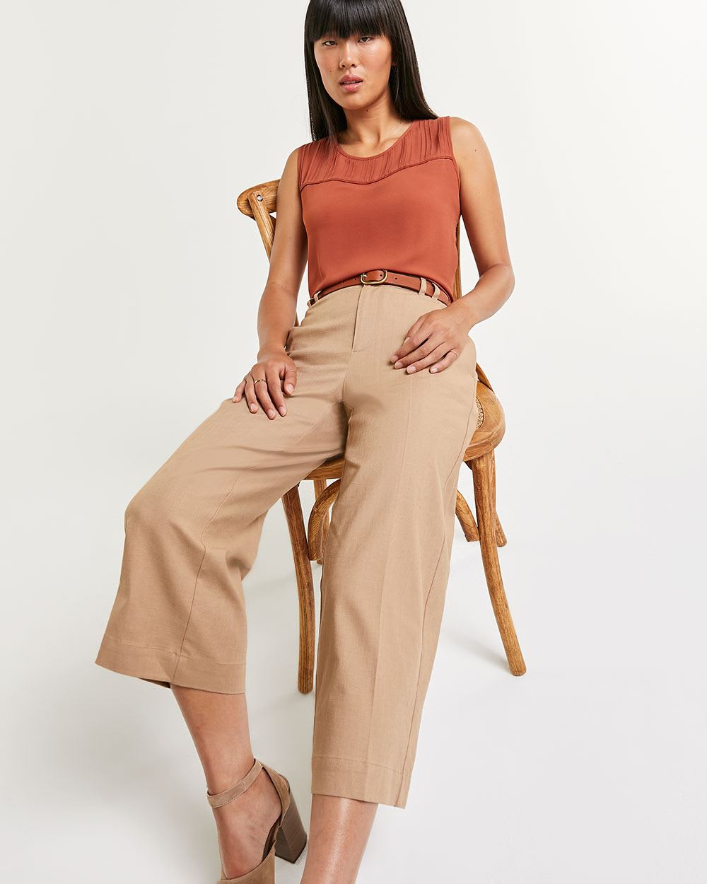 Linen Blend Wide Cropped Pants