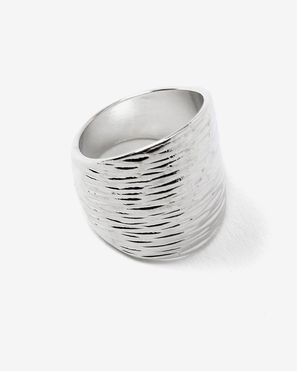 Textured & Oversized Ring