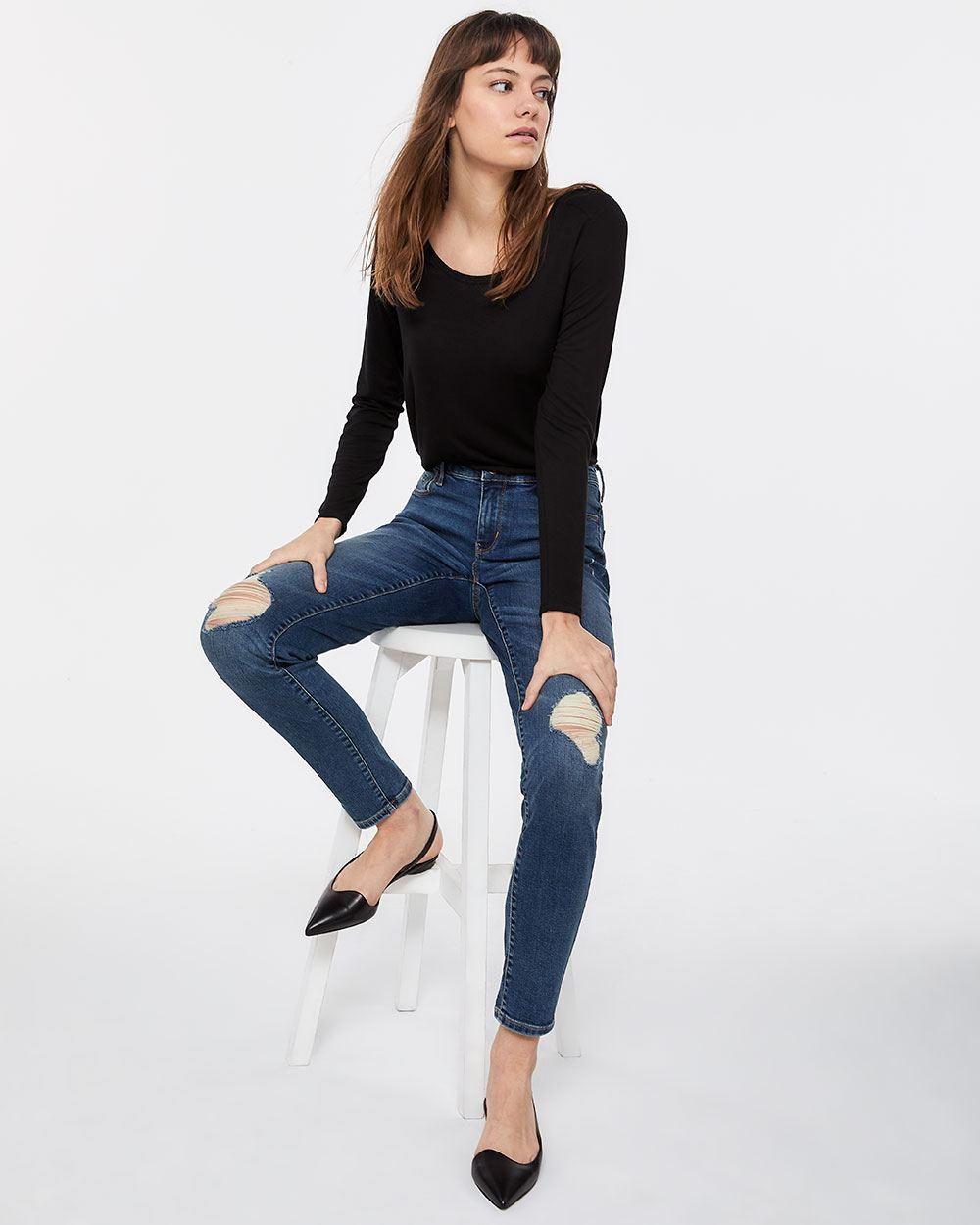 4e14759fbf59f7 The Tall Insider Rip Medium Wash Skinny Jeans | Tall | Reitmans