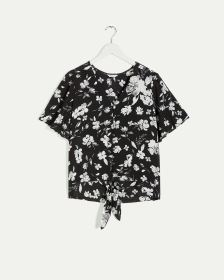 Elbow Sleeve Printed Blouse with Knotted Hem
