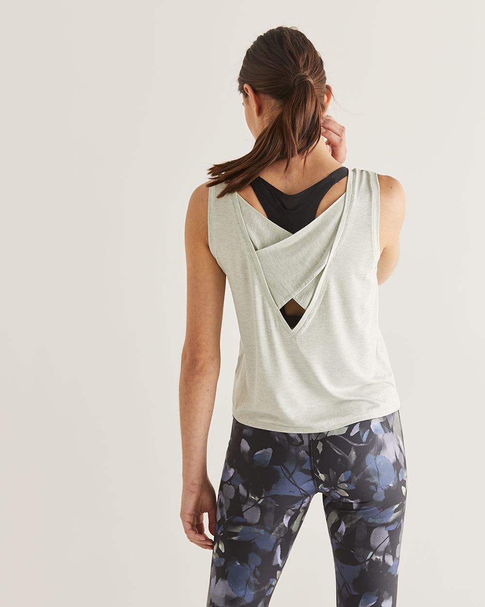 Hyba Crisscross Cropped Tank Top