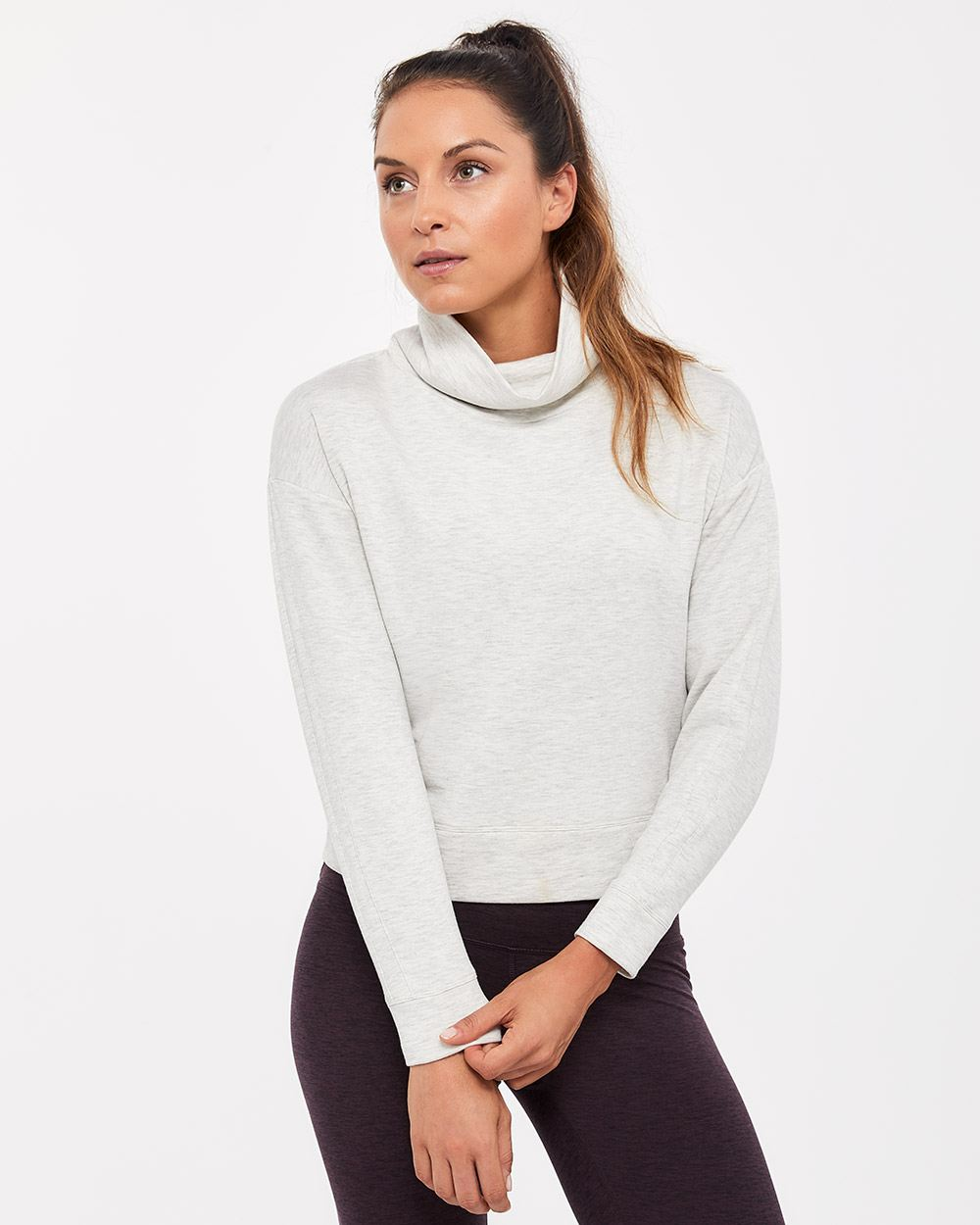 Hyba Short Popover with Long Sleeves