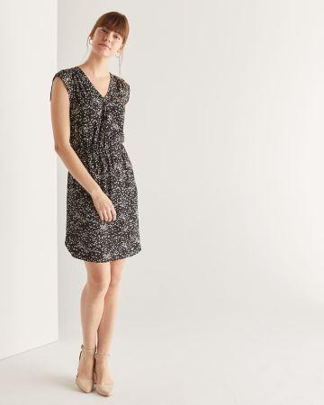 a9b8bd7d2c5 30% off applied. Floral Print Elastic Waist Dress