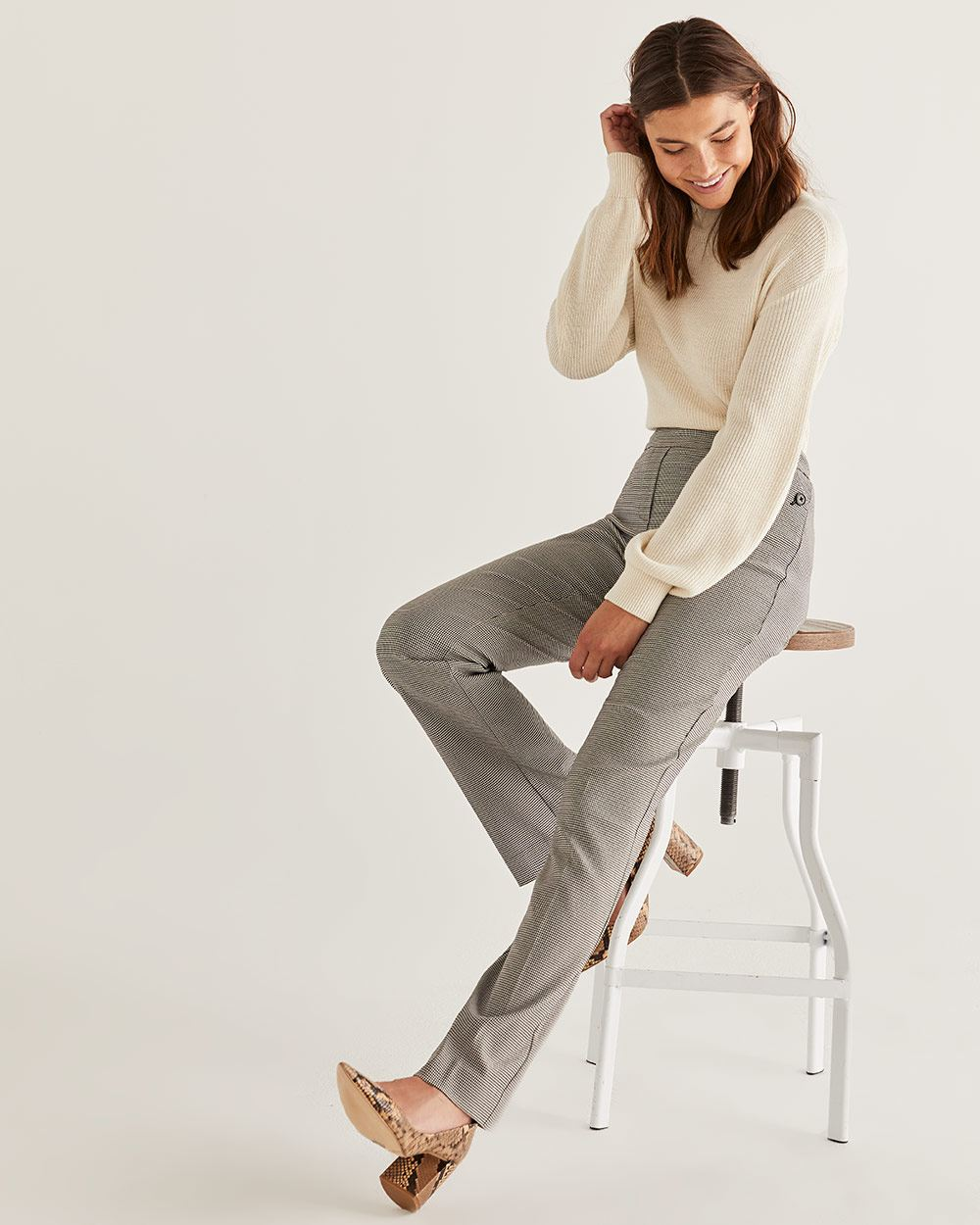 The Iconic Bootcut Pull On Houndstooth Pants - Petite