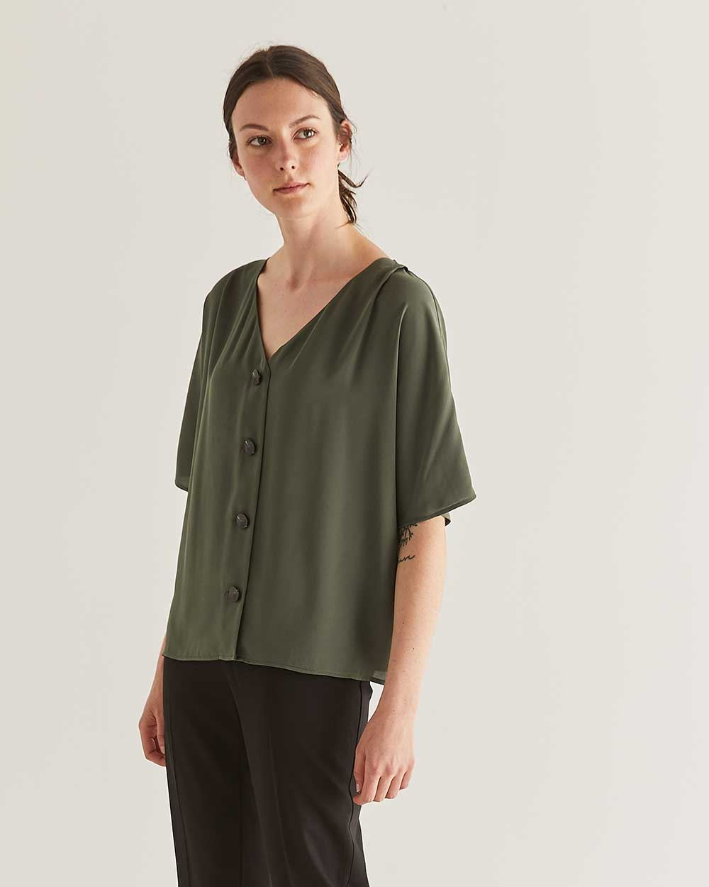 Button-Down Elbow Sleeve Blouse