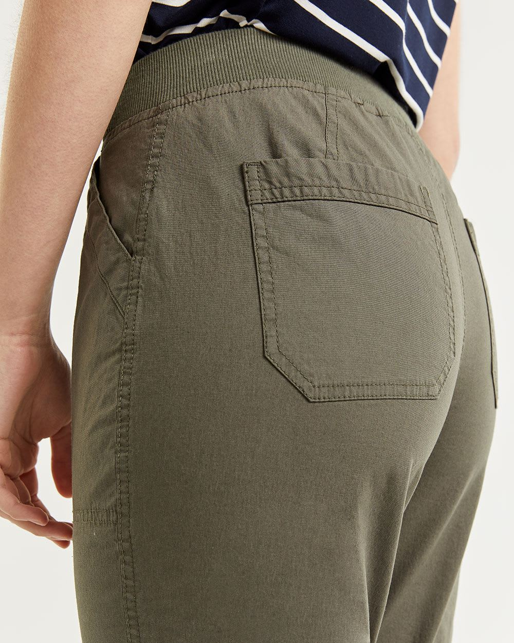 Capri Pants with Adjustable Hem