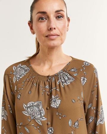 3/4 Sleeve Boat Neck Printed Blouse with Smocking