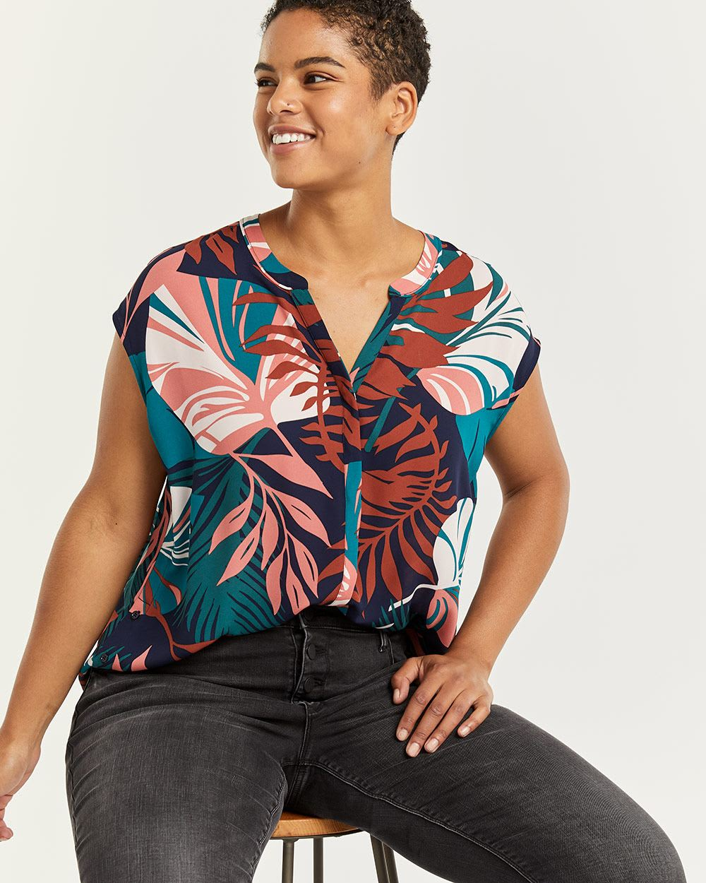 Split Neck Short Sleeve Printed Blouse