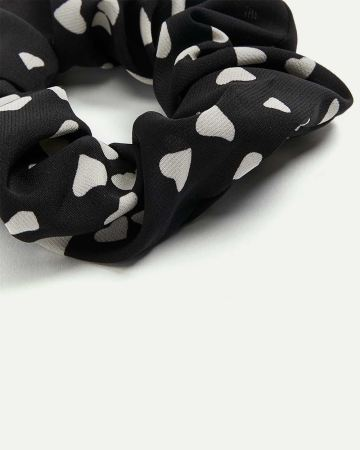 Heart Print Scrunchie