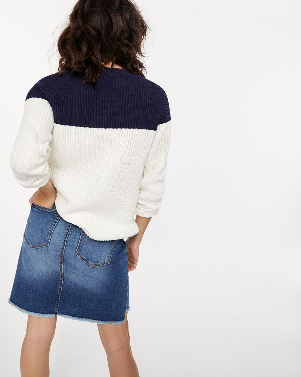 Raglan Sleeve Embroidered Sweater