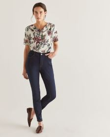 The Petite Signature Soft Dark Wash Skinny Jeans