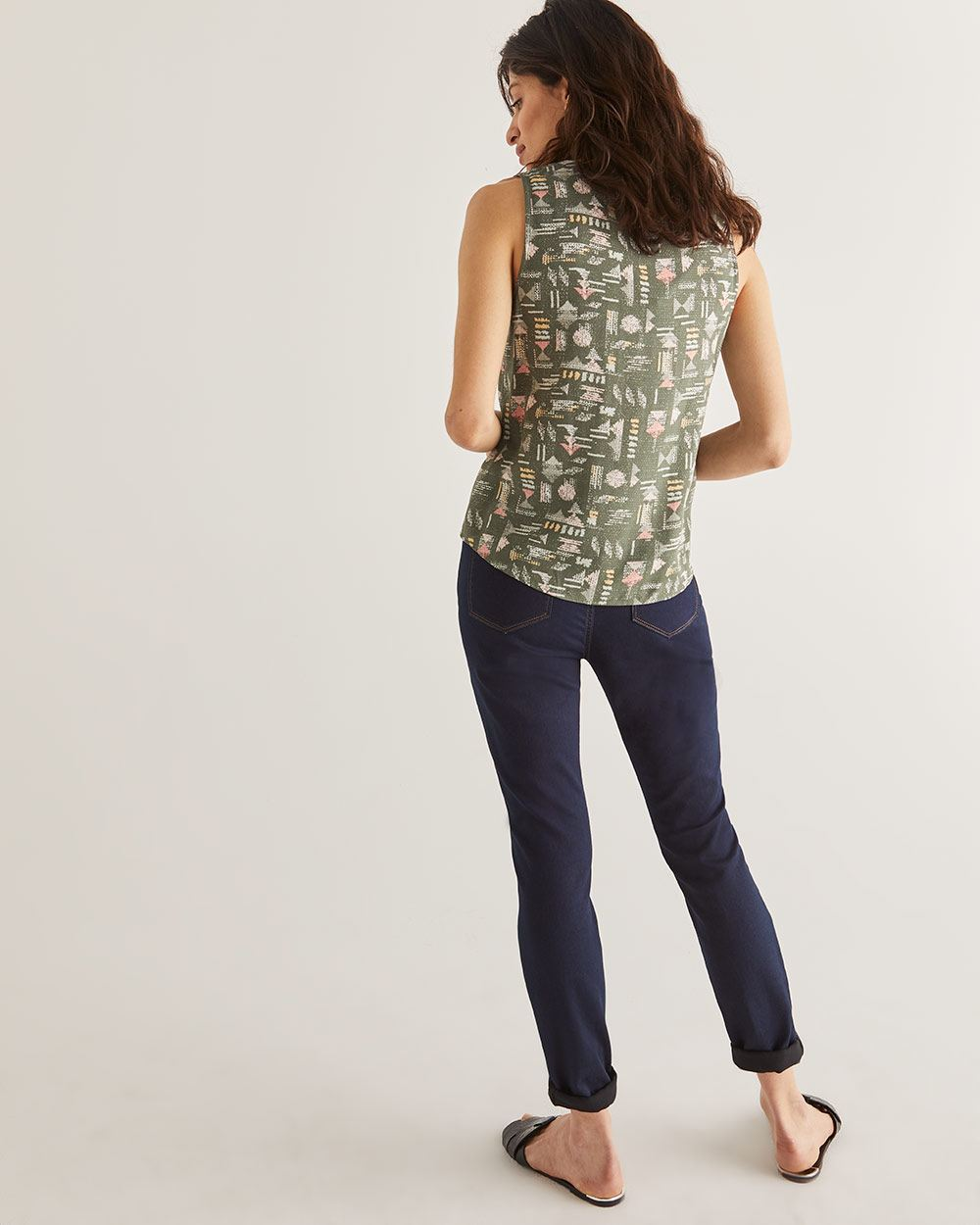 Sleeveless Printed Blouse with Folded Detail