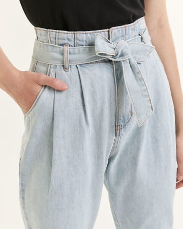 Tapered Cropped Pants With Sash