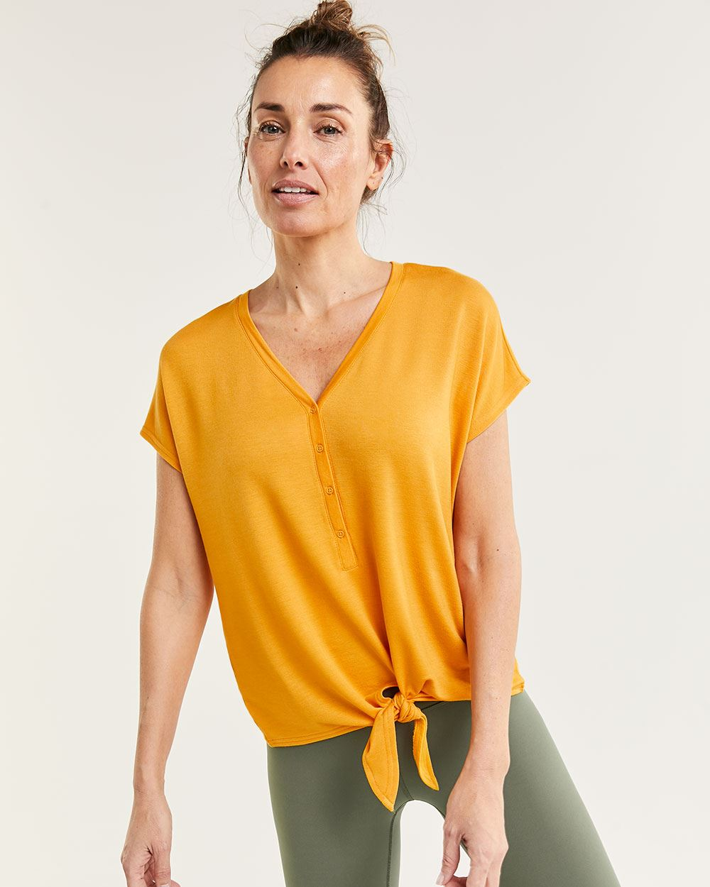 Short Sleeve Henley V-Neck Top with Knot Hyba