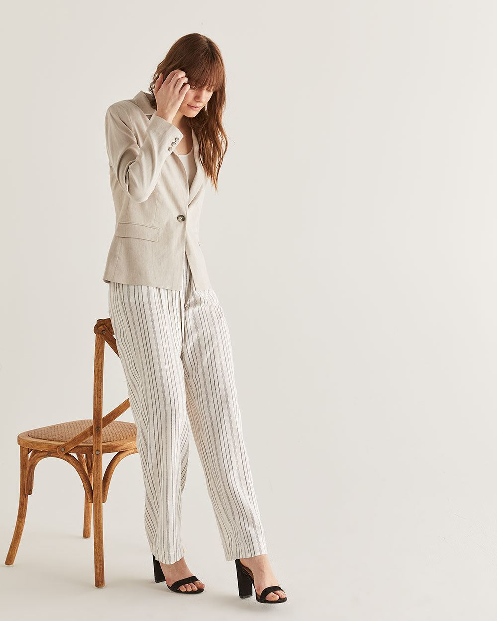 Willow & Thread Linen-Blend Blazer