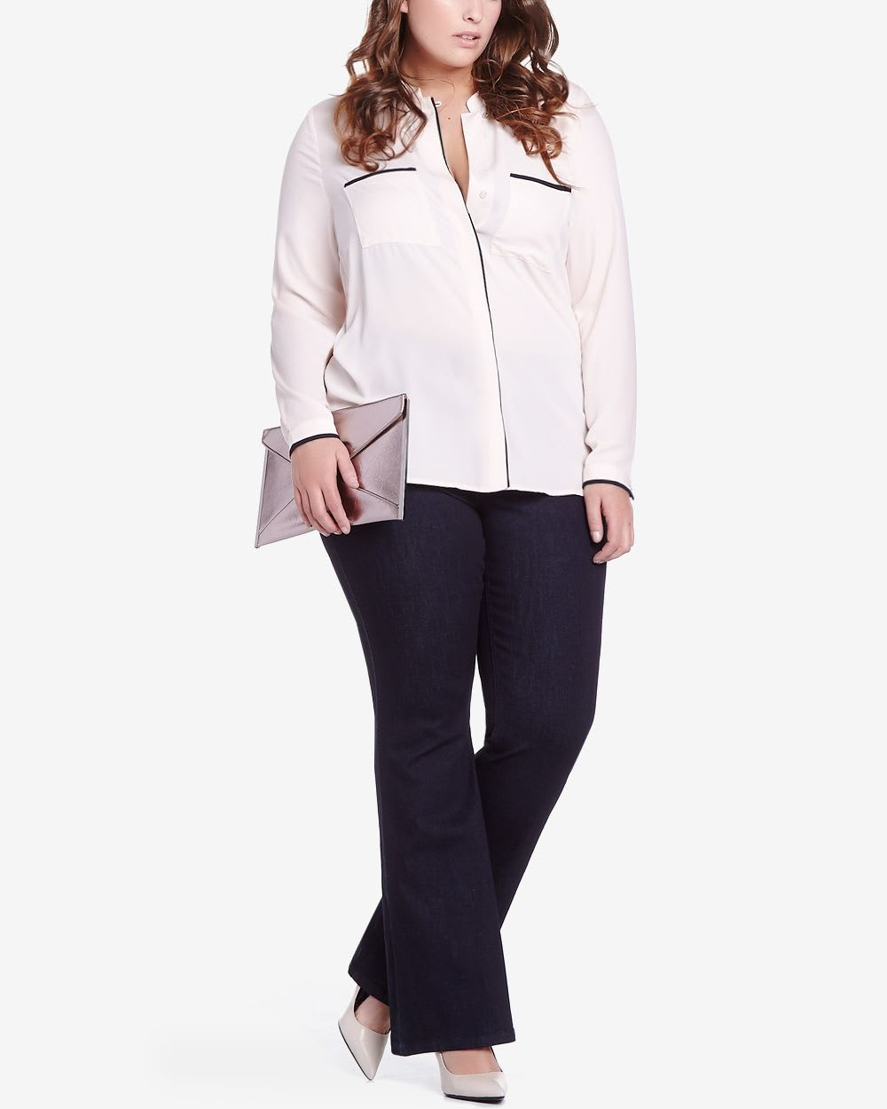 Shop sashimicraft.ga for the newest additions to plus size pants! From wide leg trousers to lace up flare pants, we have all of your plus size pants needs!